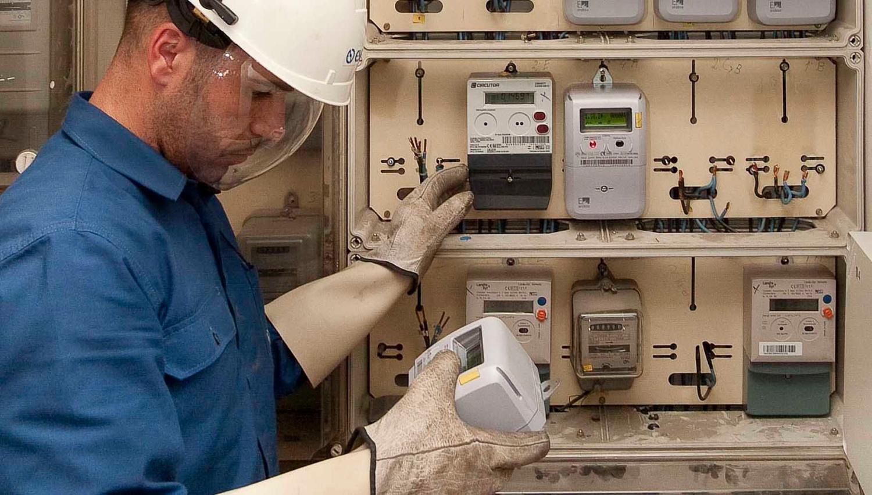 La nueva tarifa eléctrica por horas casi no supone ahorro alguno