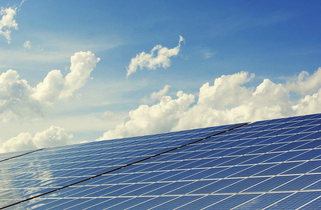 ¿Quieres monitorizar y gestionar tu instalación fotovoltaica?
